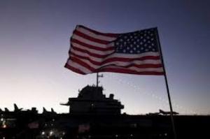 Membro da Marinha dos EUA mata duas pessoas na base de Pearl Harbor