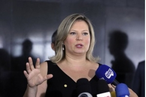 Joice Hasselmann é a nova líder do PSL na Câmara