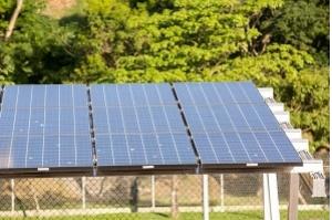 Redução do preço da energia solar tem sido vertiginosa, diz EPE