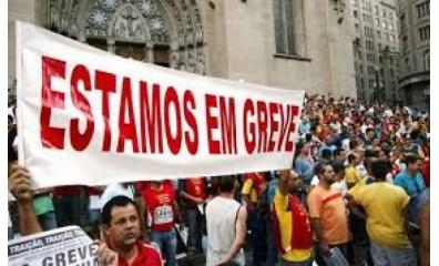 Professores da rede estadual entram em greve em São Paulo