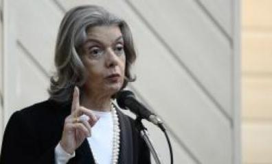 Presidente do STF diz que, se depender dela, Brasil dará um basta à corrupção