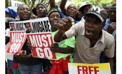 Parlamento do Zimbábue inicia processo de impeachment contra Mugabe