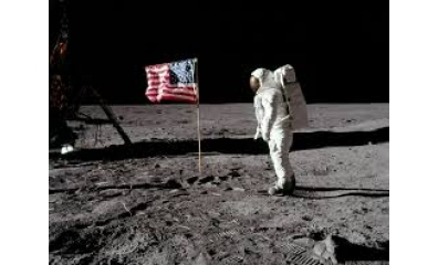 Fotos de astronautas da Apollo 11 na Lua sobrevivem como ícones da cultura pop