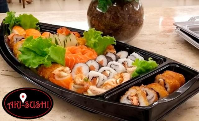Barca Natalina com 45 peças de Sushi de R$ 130,00 por R$ 91,00